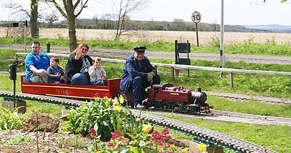 Model railway rides near Hertfordshire