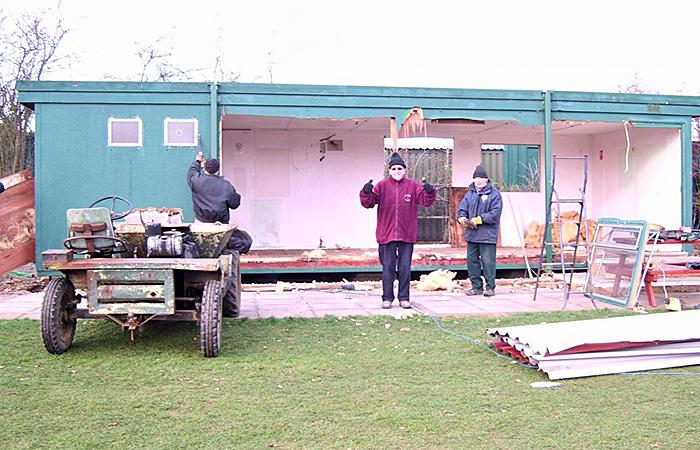 Demolishing the old Station Buffet